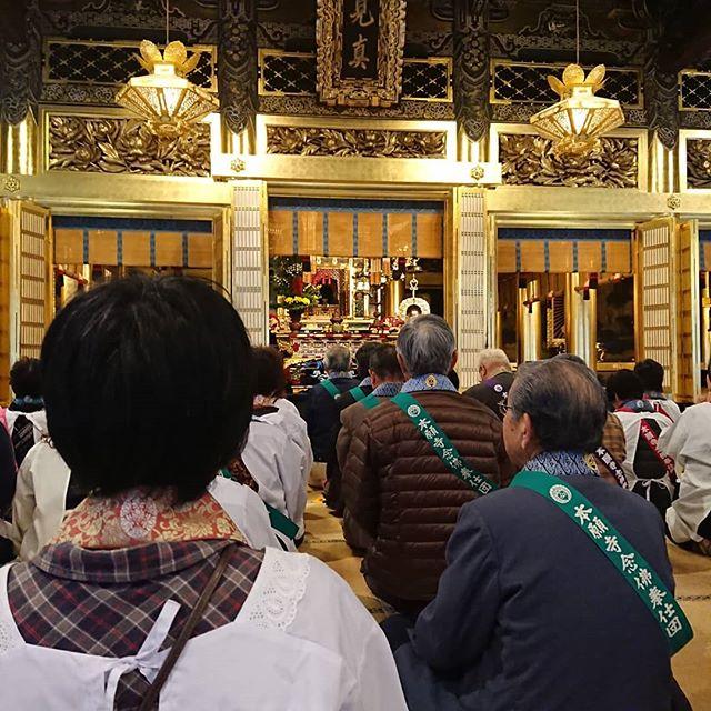 善正寺様とご一緒に念仏奉仕団に来させて頂いております。 (Instagramより)